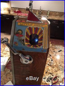 Antique Slot Machine Little Duke 1 Cent Single Jackpot with Vendor, 1931