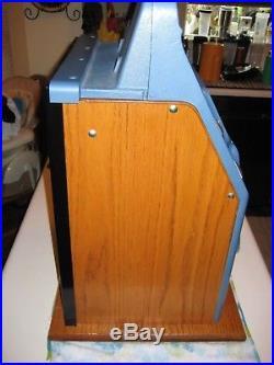 Antique Vintage 1940s Slot Machine Mills Diamond Front 5 cent Collectible