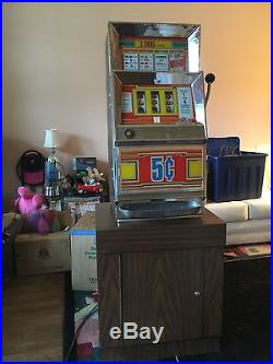 Antique Vintage 1968 Bally 5 Cent Slot Machine Model 831, Pick Up in Shamong, NJ