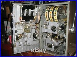 Antique Vintage Bally's Slot Machine' 3 Liner (model 831 -d) Nice Shape