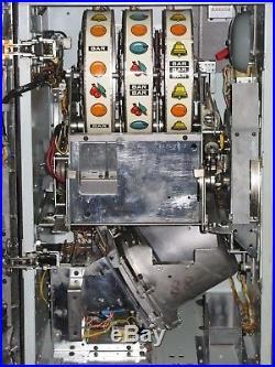 Antique Vintage Bally's Slot Machine' (model 809) Beautiful Shape Near Mint