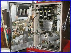 Antique Vintage Bally's Slot Machine' (model 809 Mgm Grand) Beautiful Shape