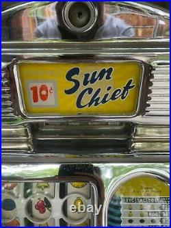 Antique Vintage Jennings Sun Chief Slot Machine
