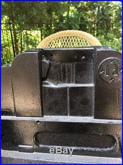 Antique Vintage Mills British Slot Machine 1d NEEDS RESTORATION