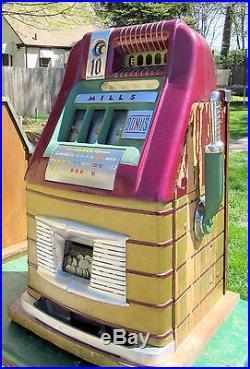 Antique c. 1948 Mills Bonus Hi-Top 10 Cent Slot Machine