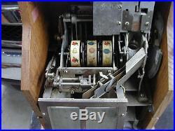 Antique mills novelty Co 1 cent qt chevron slot machine