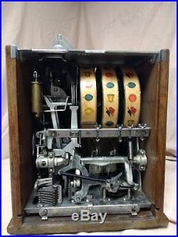 Antique slot machine, vintage slot machine, pace slot machine, pace bantam