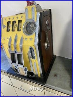 Antqiue Comet Slot Machine