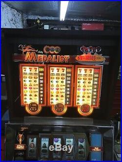 Bally 1081 Medalist Slot Machine