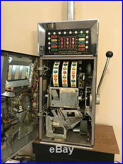Bally Model 873 Quarter Slot Machine Works Great