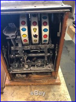 Buckley 10 Cent Criss-cross Slot Machine