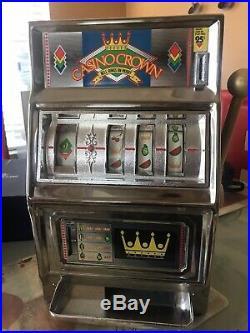 Casino crown vintage Japanese slot maxhine