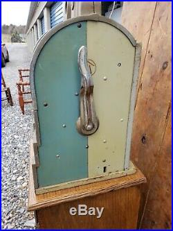 Eagle 5 Cent Slot Machine by Mills Novalties Original / Vintage / Antique
