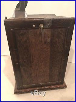 Early MILLS NOVELTY 4 column front vender with future pay-WORKING & PAYING