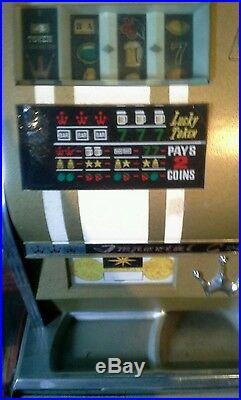English pence VINTAGE Lucky Token Bars Cherry 7 BELL SLOT MACHINE Crown JACKPOT
