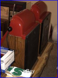 Fantastic Pair Of Mills Horseshoe Club High Top Antique Slot Machines