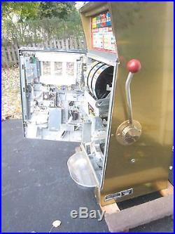 GOLDEN NUGGET slot machine 25 cent quarter genuine