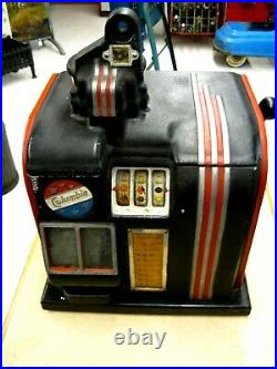 Groetchen Columbia. 25 Cent Slot Machine A-200 Nonworking for Parts or Repair