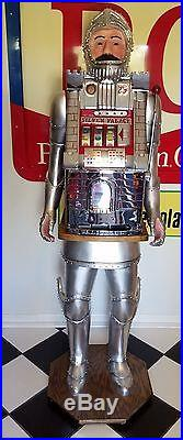 Hand Carved Character Knight Mills Silver Palace Castle Medieval Slot Machine