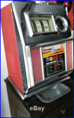 Harvey's Wagon Wheel 5 Cent Slot Machine With Stand Vintage Has Issues