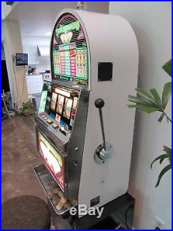 IGT Triple Diamond Roll top COIN OPERATED Slot Machine