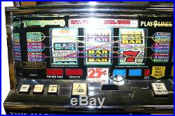 IGT Triple Diamond Vegas style slot machine with hopper