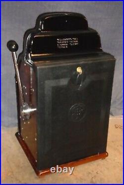 JENNINGS 5c BLACK HAWK antique slot machine, ca 1946