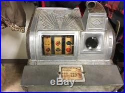 Jennings 1934 25 Cent Sportsman Golf Slot Machine