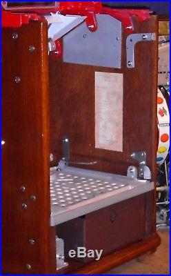 Jennings 25-cent DIXIE BELLE antique slot machine, 1941