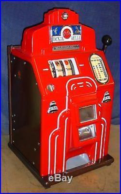 Jennings 25-cent DIXIE BELLE antique slot machine, 1949