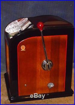 Jennings 25c all wood SPORTSMAN golf ball vendor antique slot machine, 1937