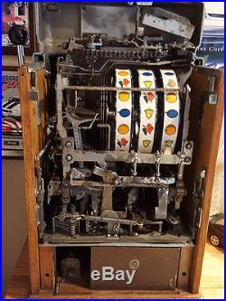 Jennings Antique Slot Machine