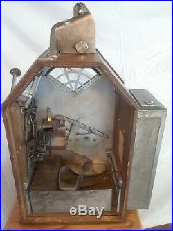 Jennings Little Duke 1 Cent Gumball Vender Slot Machine
