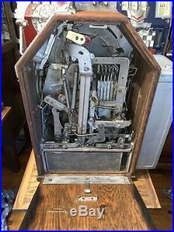 Jennings Little Duke Slot Machine One Cent Penny Gum Vendor