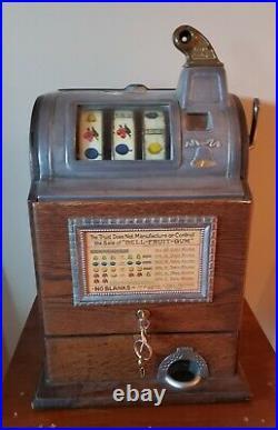 Jennings Operator's Bell 5 Cent Slot Machine