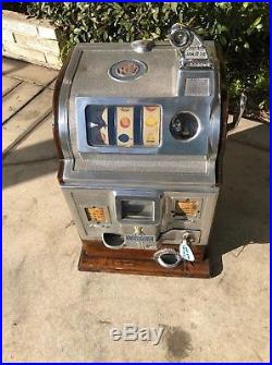 Jennings / Rockola 5 Cent Slot Machine Restored
