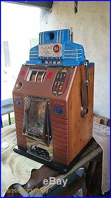 Jennings Victory Club 1943 Antique Slot Machine