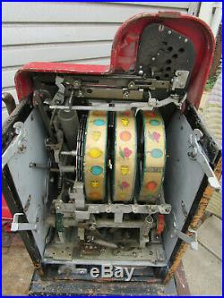 MILLS 1930s/1940s 25 Cent Diamond Front, Bell Fruit Gum Slot Machine