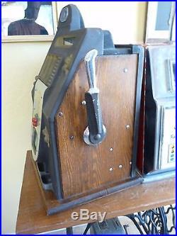 MILLS Black Cherry 5 Cent Escalator Slot Machine from 1947 Excellent Condition