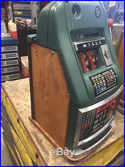 Mills Jokers Wild Las Vegas Club Hi Top 5 Cent Slot Machine