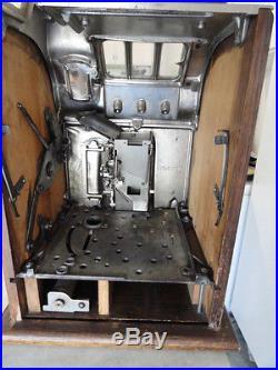 Mills Original 1932 5 Cent Lion's Head Slot Machine Great Condition