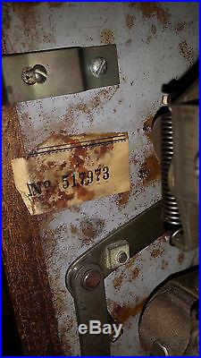 MILLS SLOT MACHINE, HiTop 5 cent slot machine