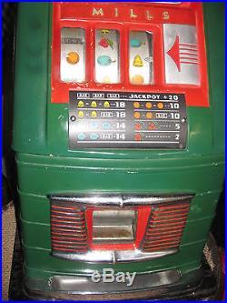 Mills Ventage 25 Cent Hi Top Slot Machine