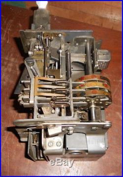 MILLS VEST POCKET 5c SLOT MACHINE