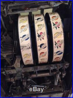 MIlls FOK Slot Machine Front Mint Vendor Nickel Machine