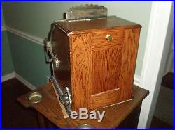 Mill Check Boy Slot Machine / Trade Stimulator