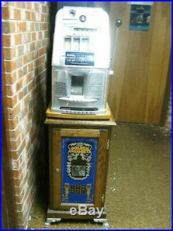 Mills 1940's 5 Cent Coin Slot Machine Antique. LOCAL PICKUP ONLY