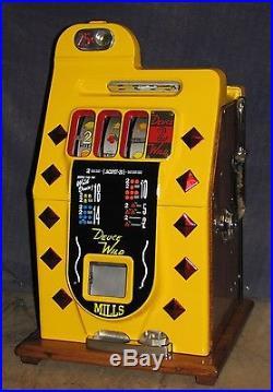 Mills 25-cent DEUCES WILD Diamond Front antique slot machine, 1941