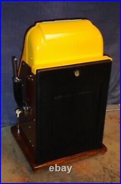 Mills 25-cent DEUCES WILD hi-top antique slot machine, 1947
