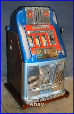 Mills 25c BLUE BELL antique slot machine with HAND-LOAD JACKPOT, 1946